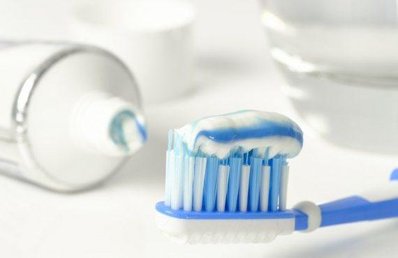 εξέταση γιατρός Πειραιάς YODA νοσηλία χειρουργείο οδοντίατρος δόντια πόνος ούλα σφράγισμα καθαρισμός